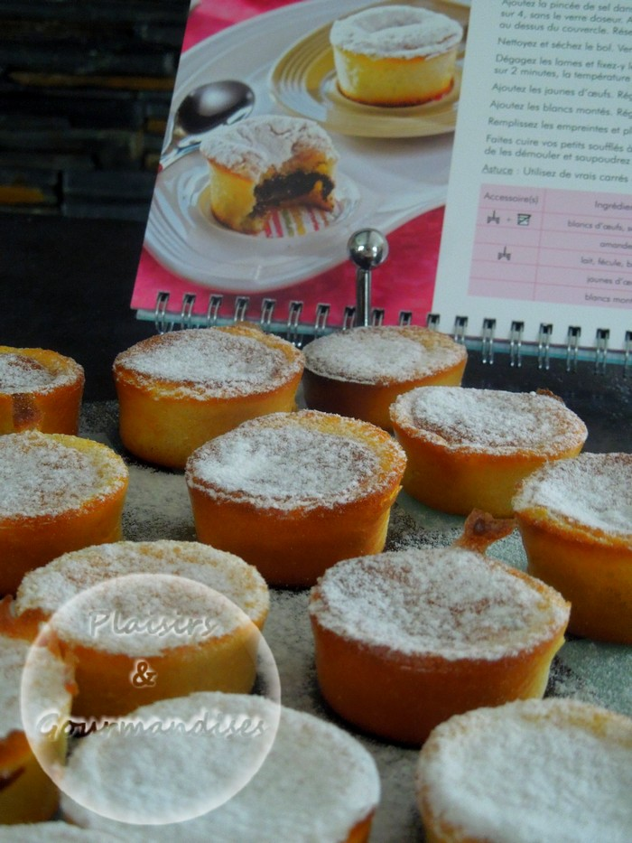 Petits souflés au coeur chocolaté au cook'in dans Cook'in dscn1676
